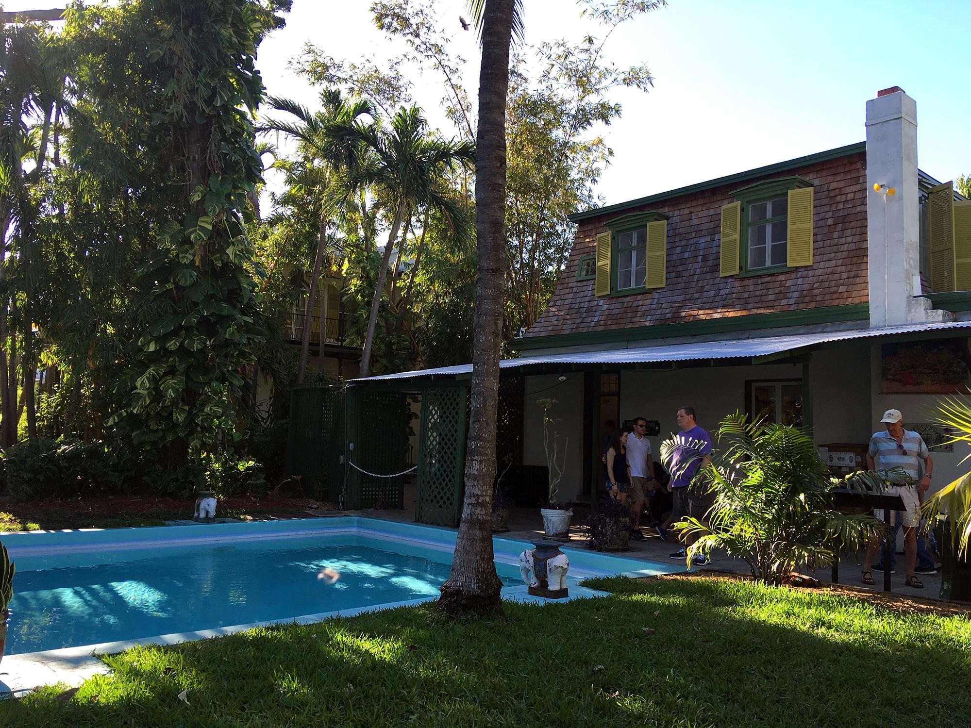 Generic Van Life - Key West Hemingway Pool
