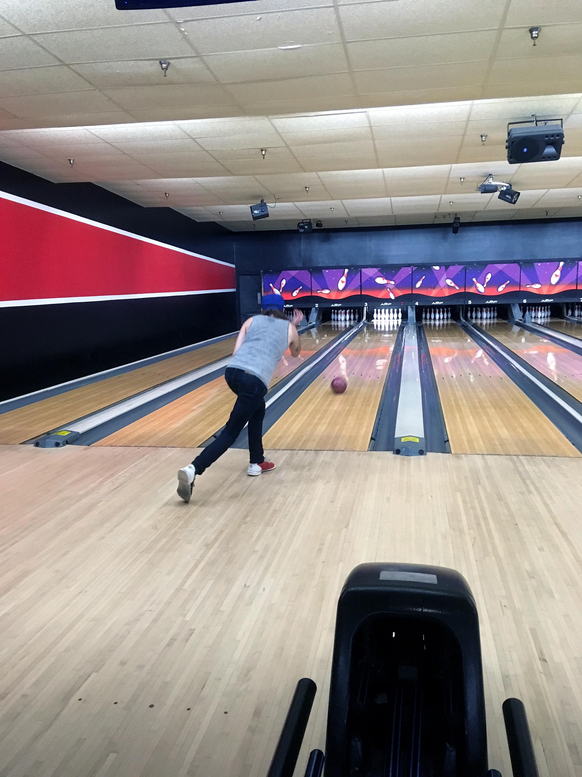 Generic Van Life - Navarre Bowling