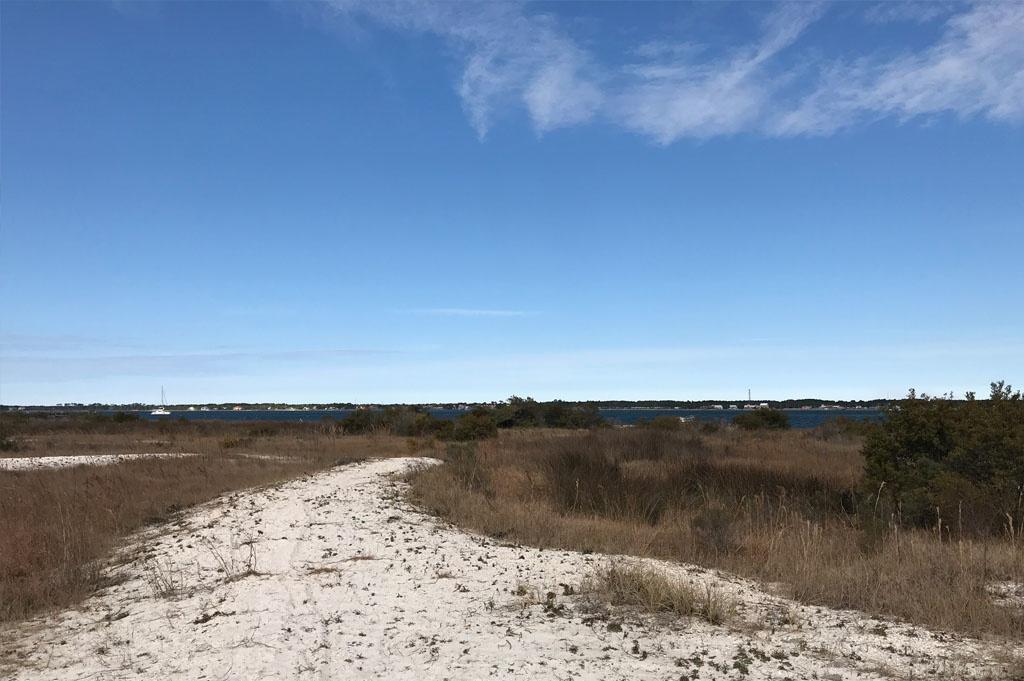 Generic-Van-Life-Camping-Navarre Beach Boat Ramp – Florida -United-States-sandy area