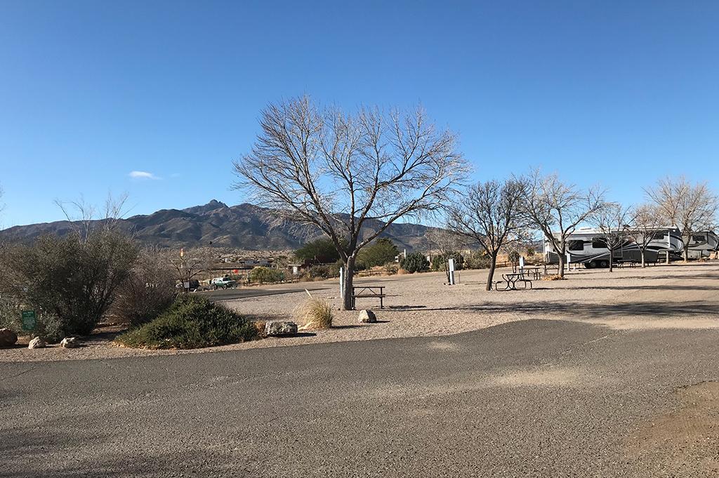 Generic Van Life – Camping Spot – Blake Ranch Kingman Arizona United States – Park View