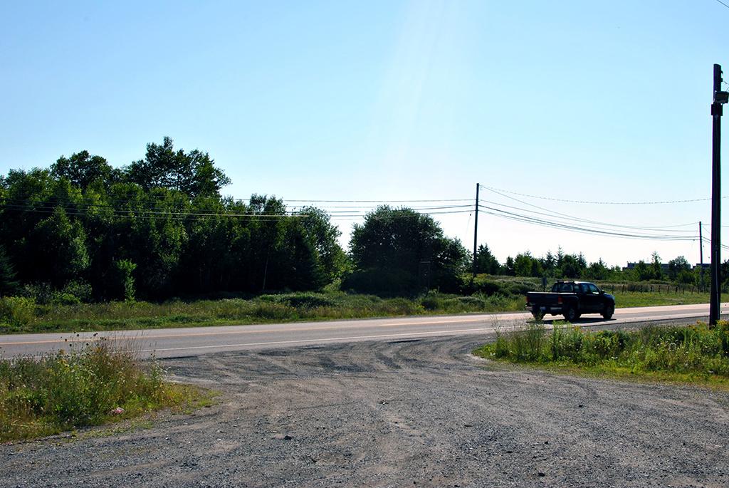 Generic-Van-Life-Cape-Breton-Cosway-Nova-Scotia-Road