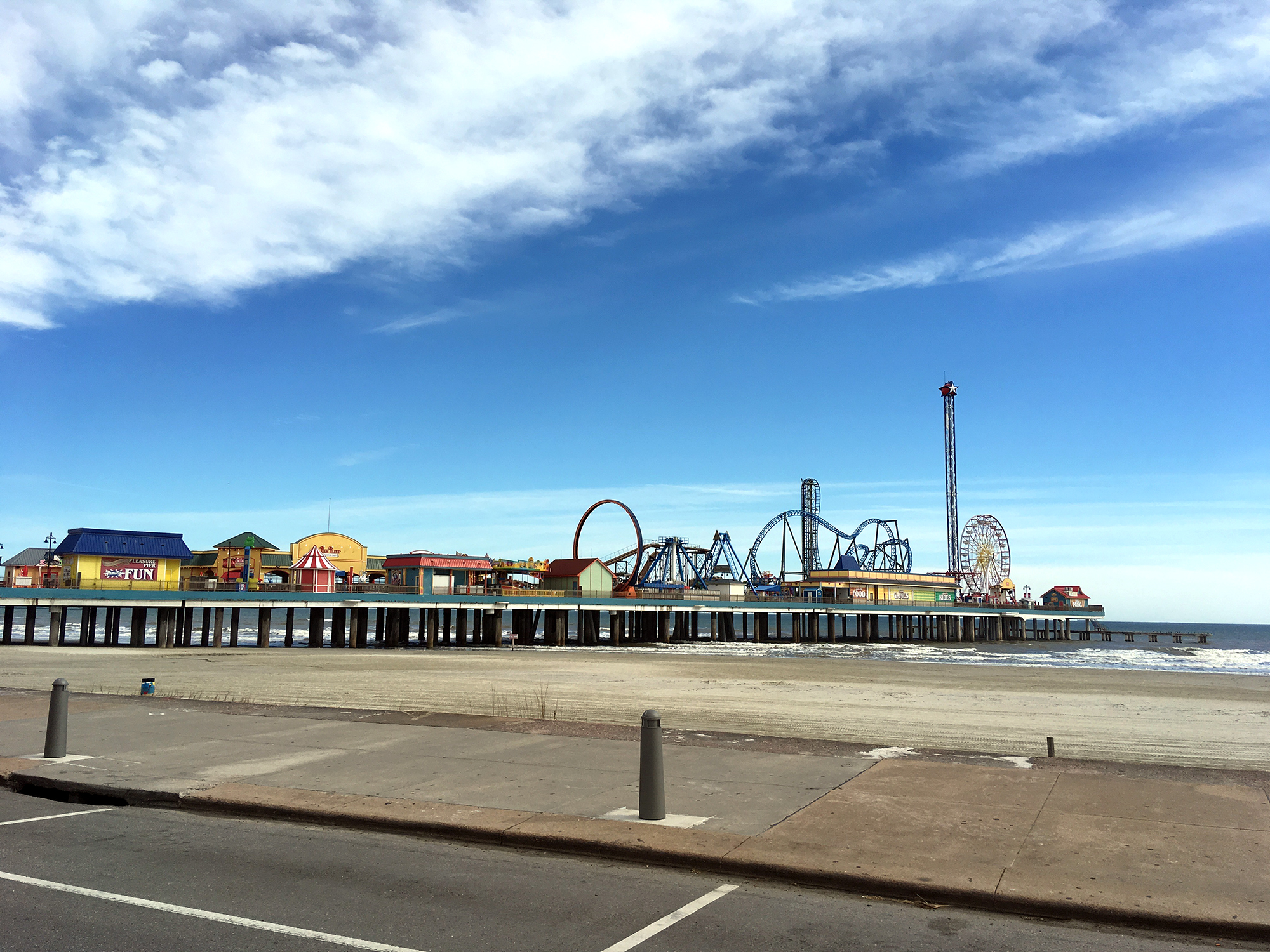 Generic Van Life - Third Coast Galveston Pier