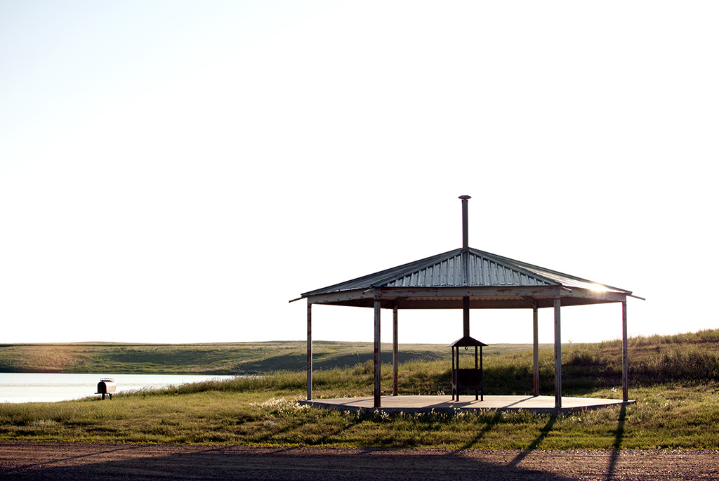 Generic-Van-Life-Camping-Spot-Carolside-Campground-Alberta-picnic