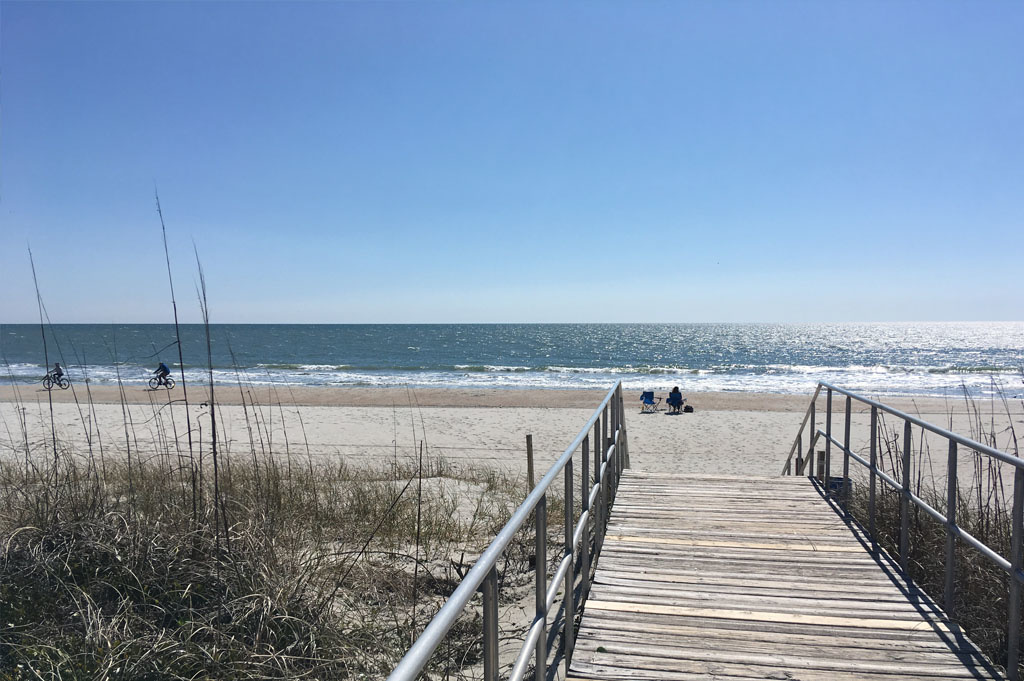 Generic-Van-Life-Camping-Spot-Myrtle Beach-South Carolina-United-States-beach view