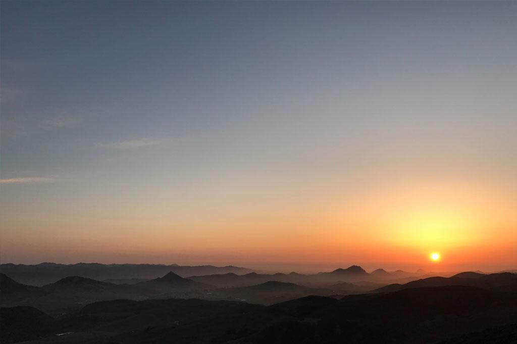 Generic-Van-Life-Camping-Spot – TV Tower Road – California – United States – sunset