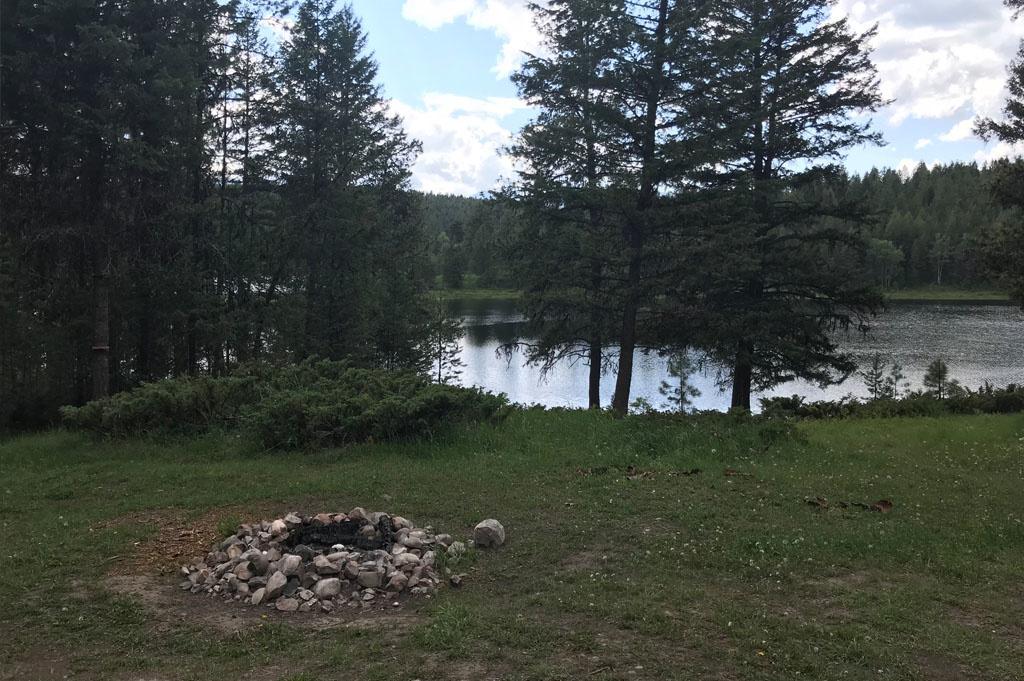 Generic-Van-Life-Camping-Spot- Wapiti Lake – British Columbia – fireplace
