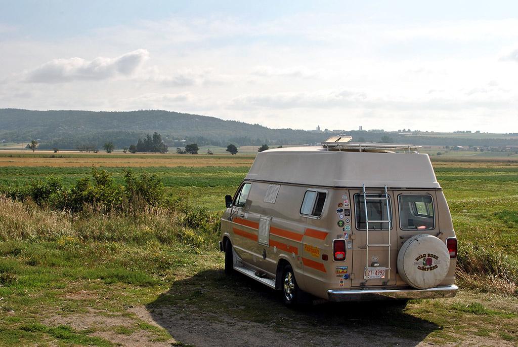 Generic-Van-Life-Camping-Spot-Kamouraska-Beach-Québec-Countryside
