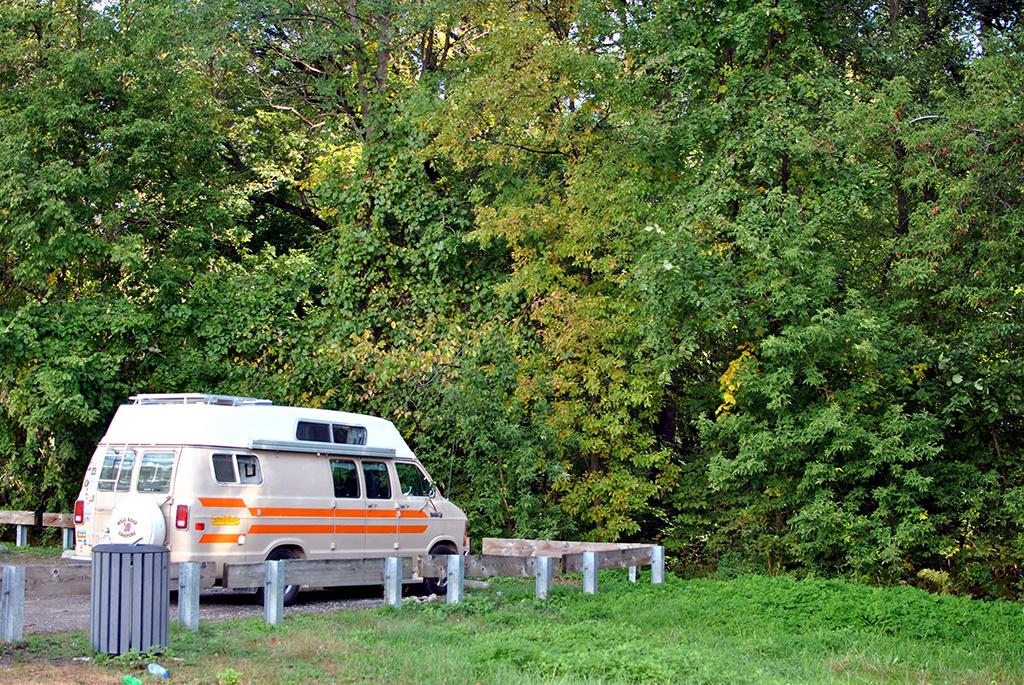 Generic-Van-Life-Camping-Spot-Pointe-Yamachiche-Quebec-Van