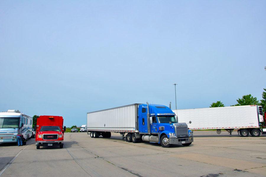 Generic-Van-Life-Camping-Spot-Beloit-Rest-Area-Wisconsin-Trucks